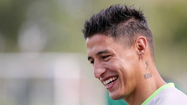 El jugador de la selección de fútbol de Bolivia Nelson Cabrera, fue parte del plantel que jugó la Copa América del Centenario. EFE