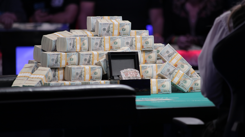 Qui Nguyen gana el Main Event de las WSOP por más de 8 millones 102