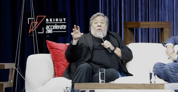 Steven Wozniak está alojado en Los Tajibos desde ayer