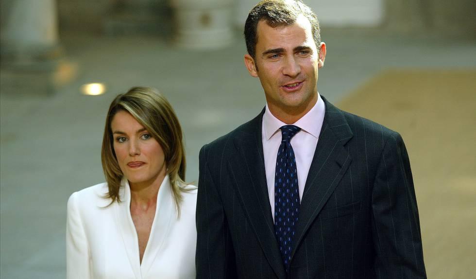 Don Felipe y doña Letizia, el día de su compromiso.