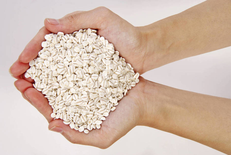 Avena: la textura saciante de los cereales en caja para el desayuno, pero más sana. Pruébala con yogur y frutas. (Corbis)