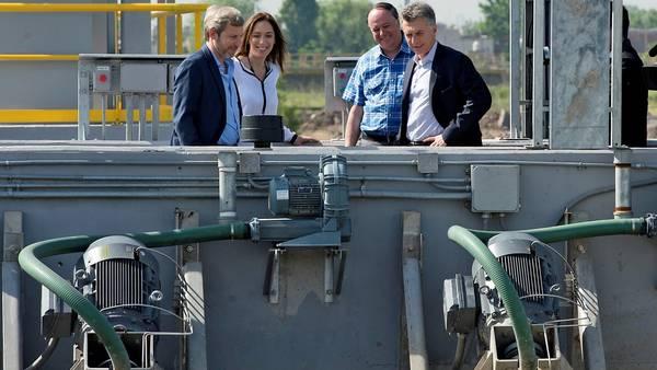 Macri, Vidal y Frigerio, en la inauguración de una planta en Lanús.