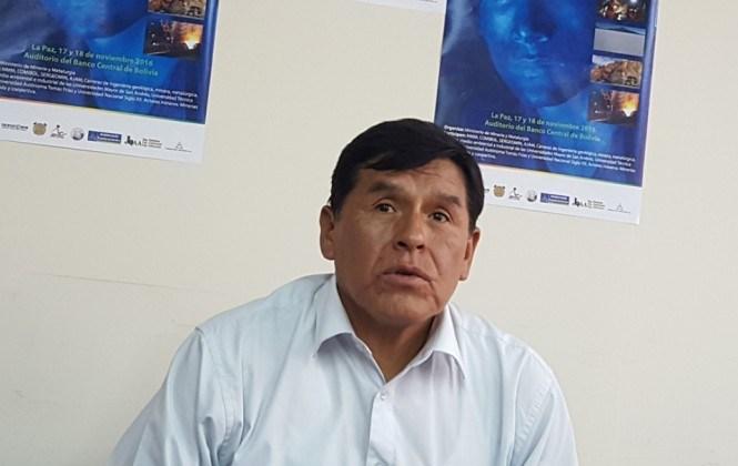 Gobierno proyecta una planta de fundición y refinación de zinc en Oruro