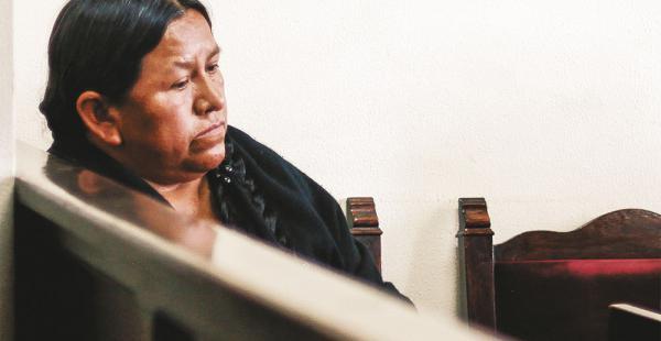 La exministra de Desarrollo Rural Nemesia Achacollo está detenida en La Paz por el caso Fondioc