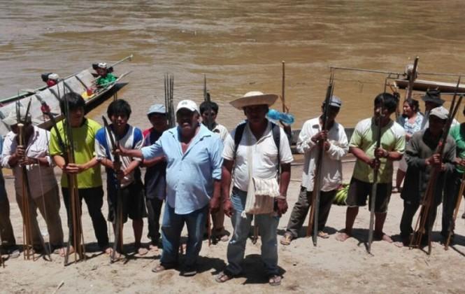 Vigilia de indígenas en El Bala no permiten embarcaciones con maquinaria o equipos de Geodata