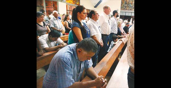 En la misa se pidió a Dios por los encarcelados y perseguidos