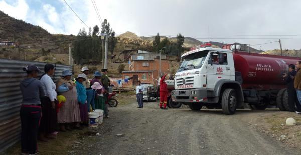 Un convoy de motorizados partió desde la Unidad de Bomberos hasta ese sector alejado de la sede de Gobierno.