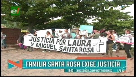 Marcharon en protesta: Familia exige dar con los culpables del crimen de Miguel y Laura Santa Rosa