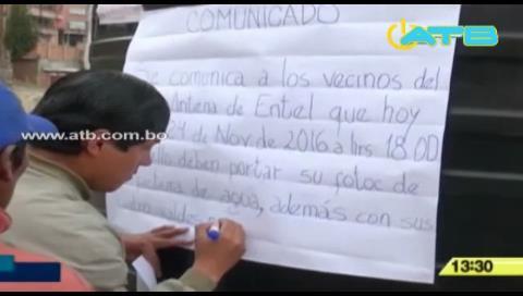 La Paz: Vecinos colocaron letrero para restringir distribución de agua