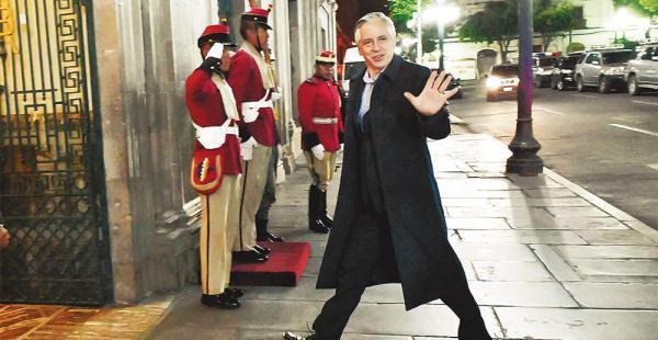 El vicepresidente Álvaro García Linera dijo que está dispuesto a debatir con el expresidente Carlos Mesa