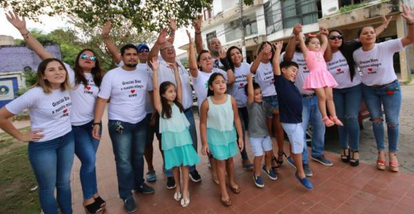 La familia Suárez se ha organizado para recibir a Ximena, sobreviviente a la tragedia del vuelo de LaMia