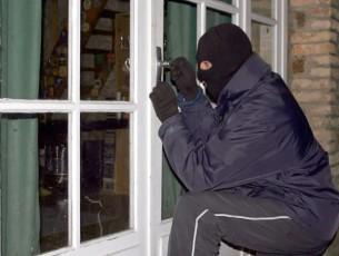 Resultado de imagen para Encapuchados roban oficinas de la Alcaldía de Potosí