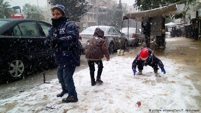 Syrien Aleppo Evakuierung (picture-alliance/Tass/T. Abdullayev)