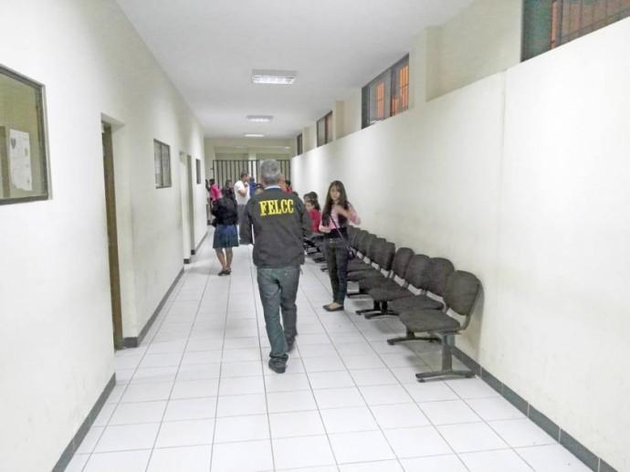 APREHENDIDO. El Secretario General de la Alcaldía pasó la noche en celdas de la FELCC.