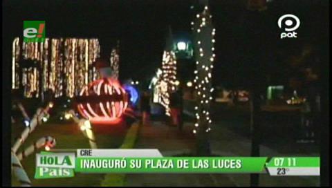 CRE inauguró los arreglos navideños en Plaza de la Luz