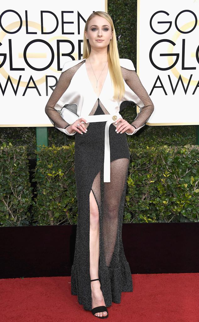 Sophie Turner, 2017 Golden Globes, Arrivals