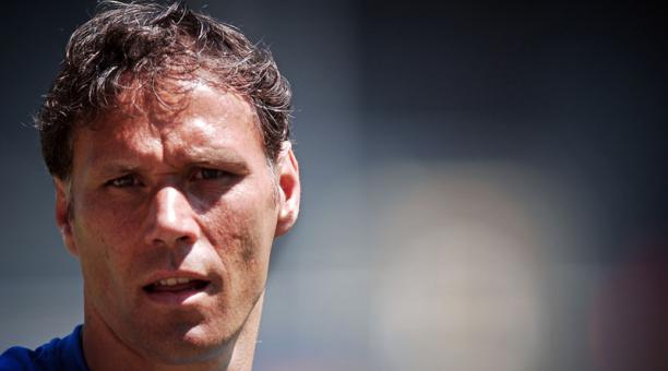 Resultado de imagen para exfutbolista holandés Marco van Basten