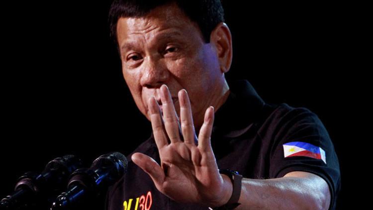 Presidente filipino a la Iglesia Católica:
