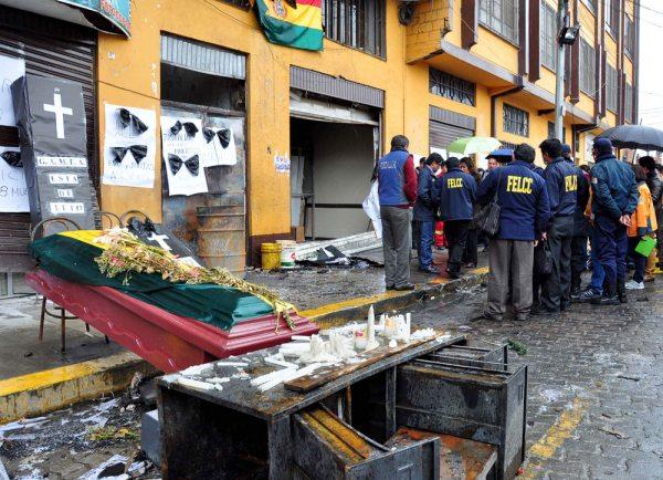 La quema de la alcaldía de El Alto en febrero de 2016.