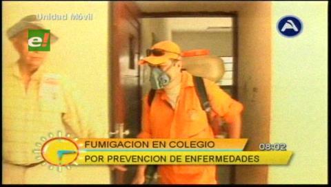 Santa Cruz: Inician fumigación en las unidades educativas