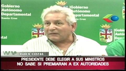 Costas critica la intención de Morales de nombrar embajadores a ex ministros