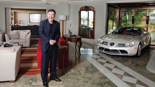 """Incluido entre las diez personas más ricas del mundo por la revista Forbes en 2010, Batista aseguró que regresaba a Brasil """"para pasar las cosas a limpio"""" y cumplir su """"deber"""" ante la Justicia"""