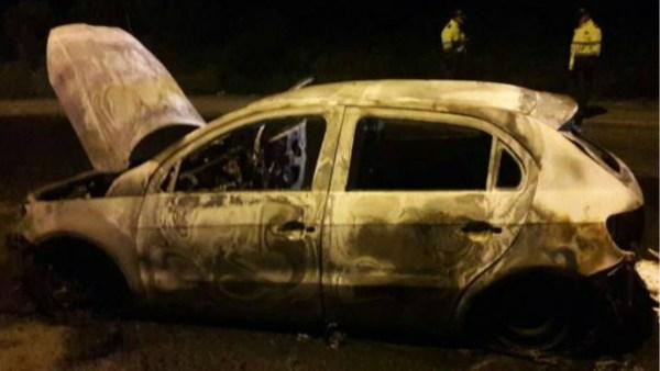 carro uber incendio