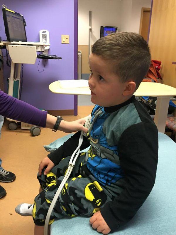 El pequeño ha recibido terapia desde los cuatro meses