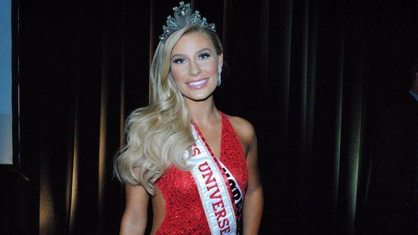 Christina Mikkelsen participó en el certamen Miss Universo en representación de Dinamarca