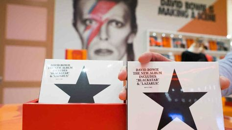 "El último album de David Bowie ""Blackstar""."