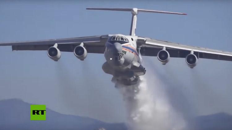 VIDEO: 'El Luchín' Il-76 ruso salva de las llamas a dos grandes ciudades en Chile