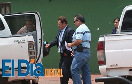 Se-entrega-a-Interpol-en-Santa-Cruz-el-padre-del-exministro-Jorge-Perez