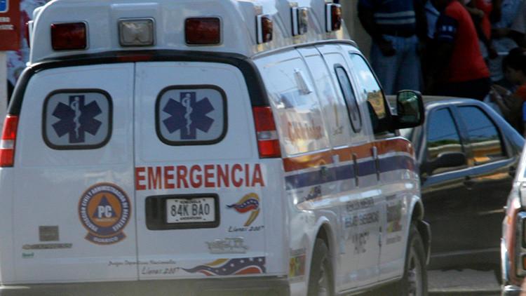 Venezuela: Choque entre un bus y un camión deja 16 muertos y decenas de heridos (FUERTES FOTOS)