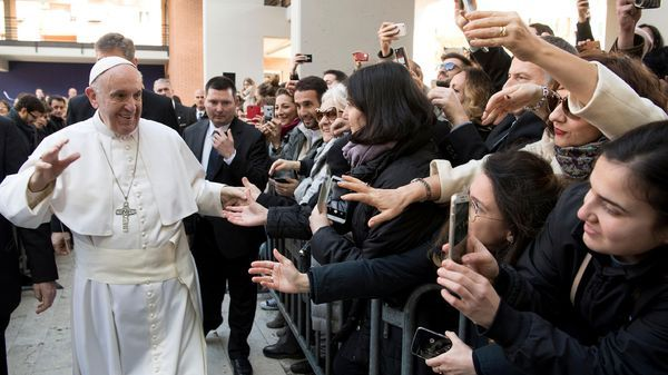 Francisco habló ante 40 mil estudiantes en la Universidad pública de Tre (Reuters)