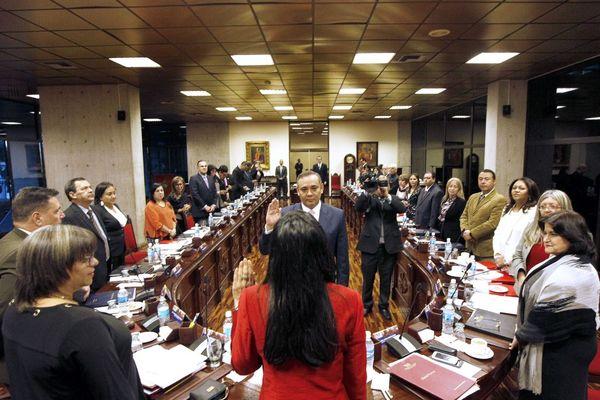 El ex convicto condenado por asesinato, Maikel Moreno,en el acto de juramento como el nuevo presidente del Poder Judicial venezolano. (EFE)