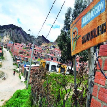 Tres municipios codician el 42% de la mancha urbana de La Paz