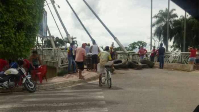Bloqueo entre Pando y Brasil se amplía a un 2do puente