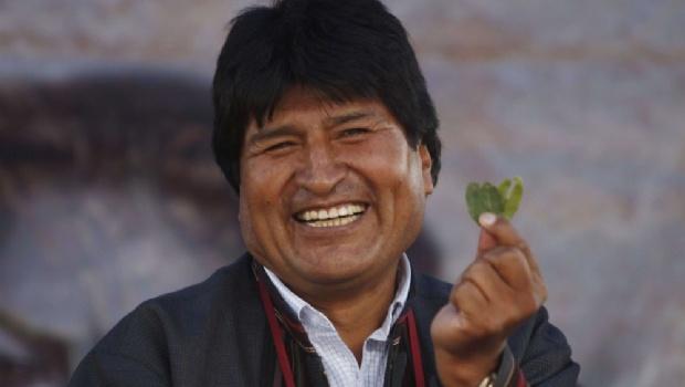"""""""Un lujo innecesario"""": Evo Morales viajó a Cuba por su salud y la oposición estalló"""