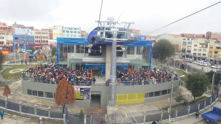 Inauguración del Teleférico de la Línea Azul en El Alto