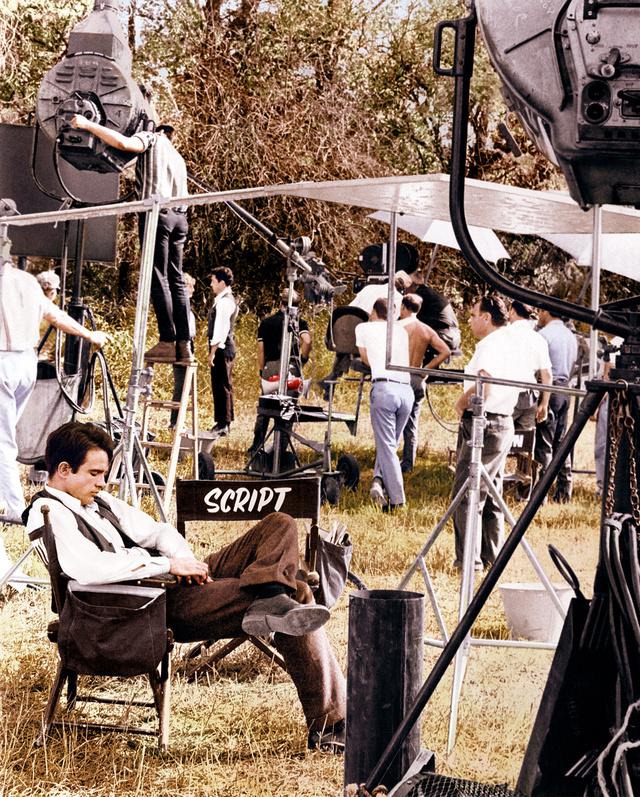 Warren Beatty, en un descanso del rodaje de