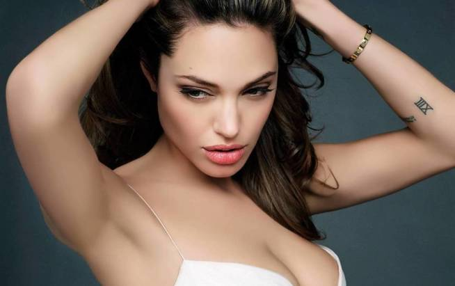 Angelina Jolie. (VA)