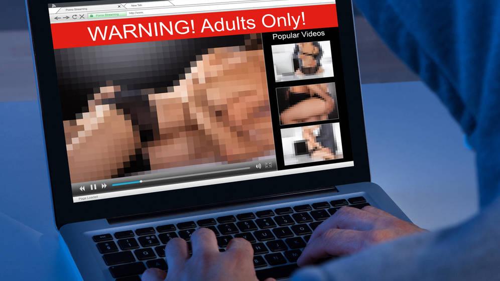 Foto: Cada vez es más frecuente ver porno por internet. (iStock)