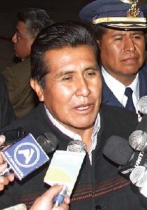 """Rojas anuncia que """"cumplirá"""" con el pago de pensiones para su hijo"""