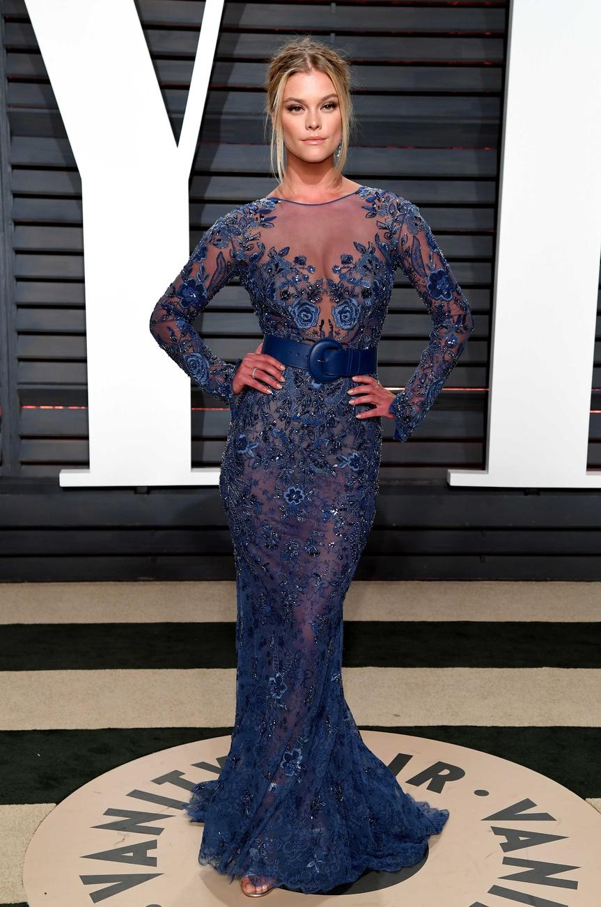 Nina Agdal, en la última fiesta de los Oscar organizada por Vanity Fair.