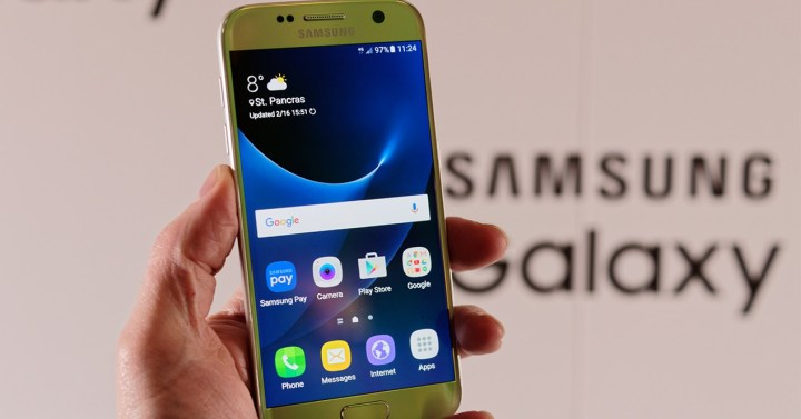 8d16f97e093 El precio del Samsung Galaxy S7 desciende hasta los 440 euros en ...
