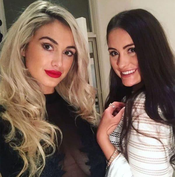Isobella Fraser (izquierda) y su hermana Prue