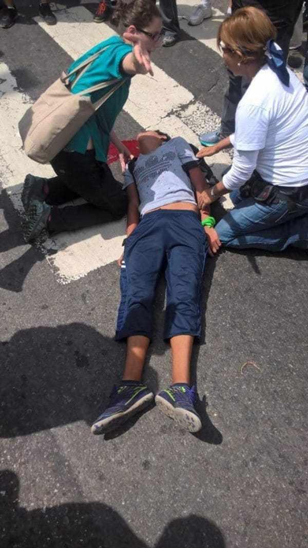 Moreno fue trasladado a un centro de salud, pero poco después murió