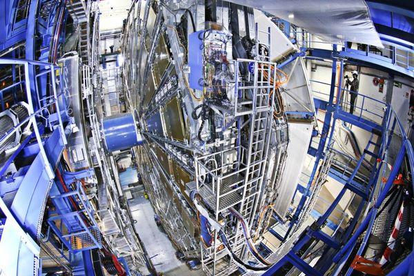 """La """"Máquina de Dios"""" es un acelerador y colisionador de partículas (CERN)"""