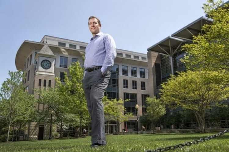 Shon Hopwood en la Escuela de Leyes de la Universidad de Georgetown, en Washington, DC. (Foto de Linda Davidson, The Washington Post)