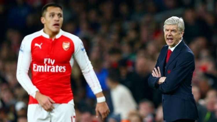 Alexis Sánchez hablará con Wenger cuando termine la temporada para decidir su futuro